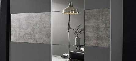 integrated-wardrobe-light-grey-three-sliding-doors-mirror-wood