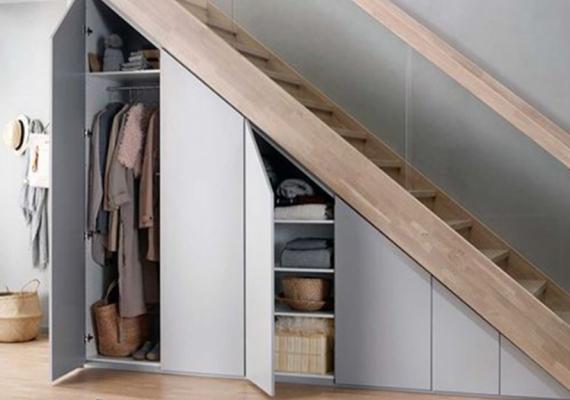 understair-integrated-wardrobe-white-doors-storage